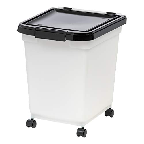 IRIS 32.5 Quart Airtight Pet Food Container